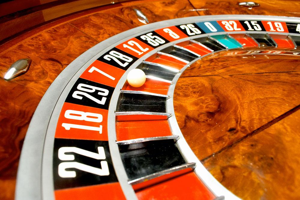 rulet,rulet oyna,paralı rulet,rulet masası,nakitoyun